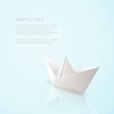 写实的纸船蓝色背景