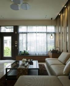 银白色沙发客厅装修效果图