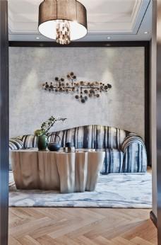 新中式时尚客厅背景墙吊灯设计图