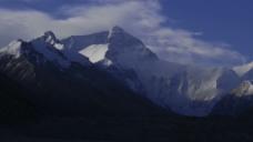 实拍西藏雪山景色视频