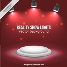 舞台背景有三个闪亮的聚光灯