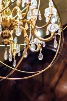 现代时尚水晶灯装饰效果图