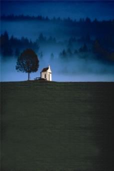 蓝色夜景H5背景