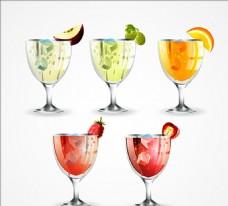 五款写实的美味水果饮料