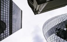 3座形态不同的特色形状摩天大楼
