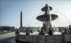 美人鱼喷泉
